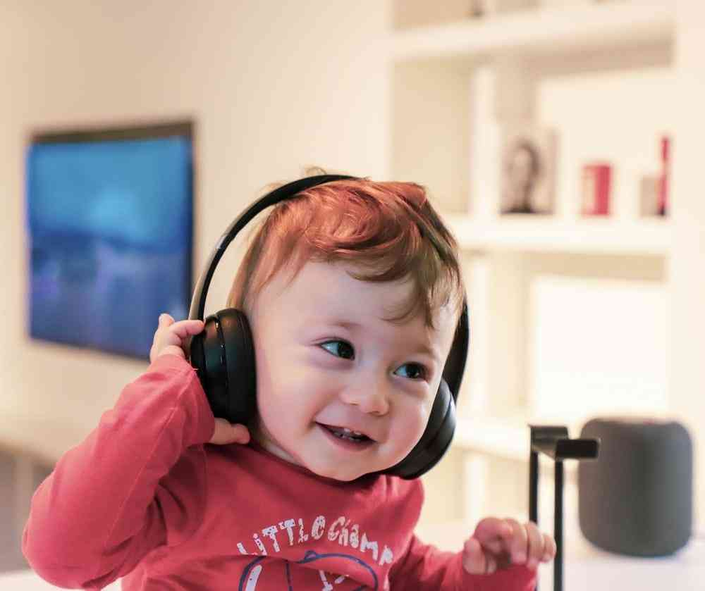 Best Baby Headphones for Airplane Travel