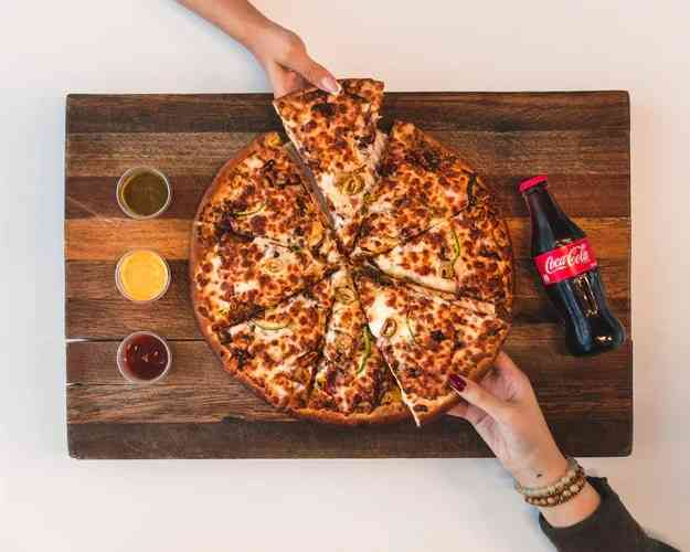 Pizza - Things To Eat in New York City