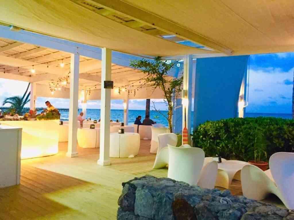 Toc Beach Bar & Restaurant