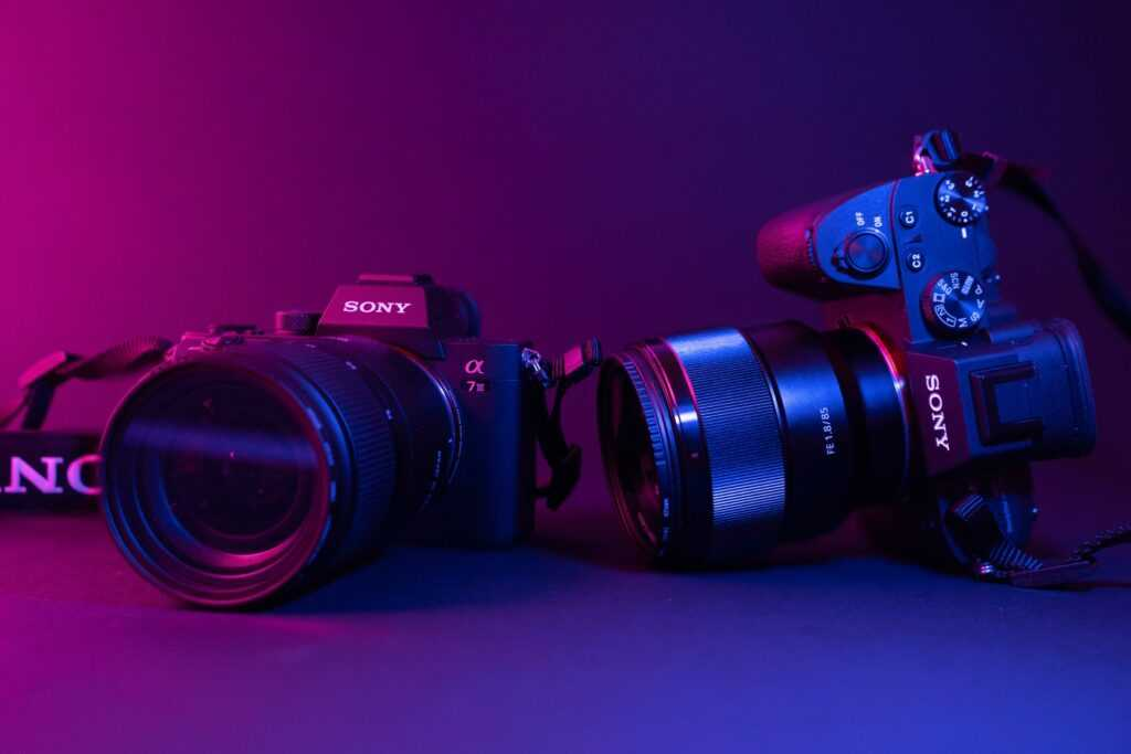 best travel lens for the Sony a6000